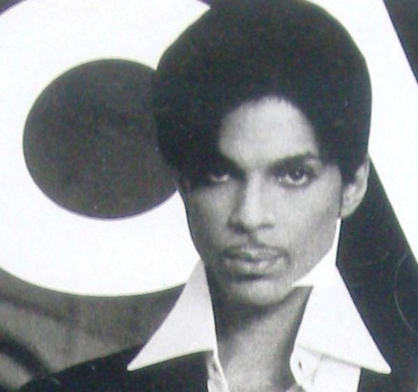 UOMO vogue Prince cover sept 2004